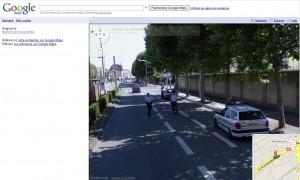 Google arrété par la police