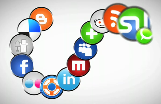 Découvrez la révolution des médias sociaux en vidéo